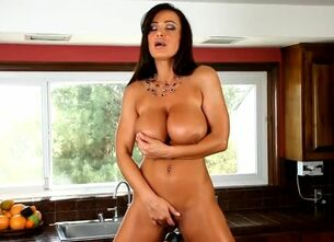 Lisa ann boob watch